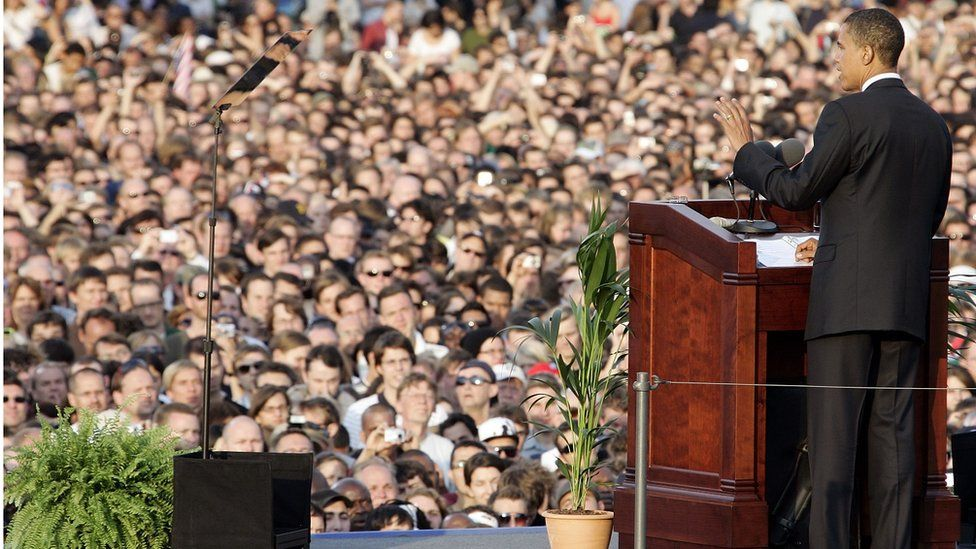 Obama speaks to large crowds in Berlin