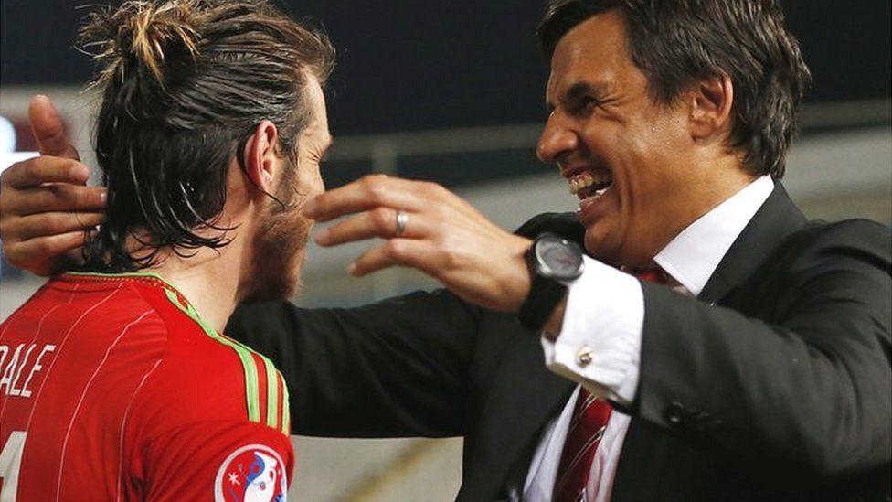 Gareth Bale a Chris Coleman