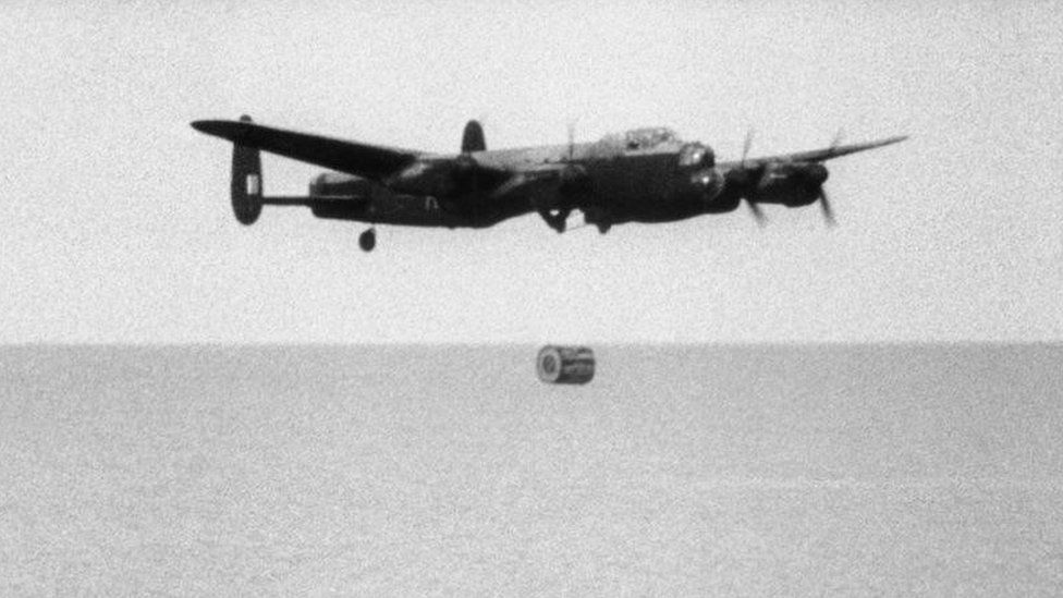 Bomber and bouncing bomb