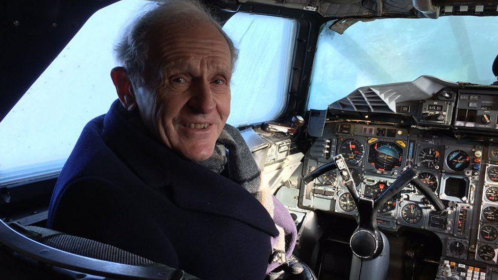 Concorde memorabilia stolen from dead pilot's Bucklebury home