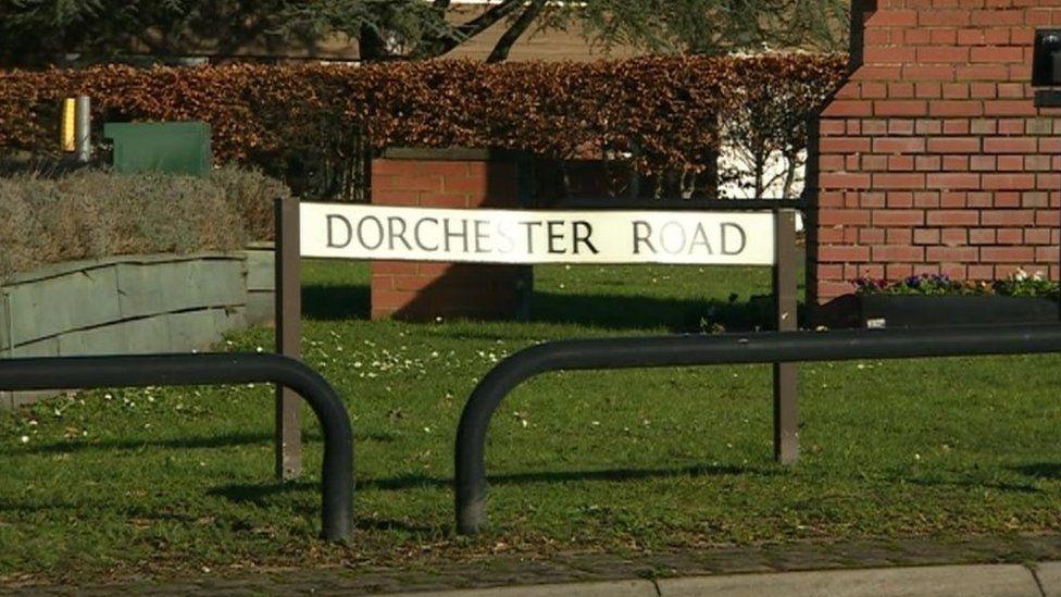 Dorchester Road sign
