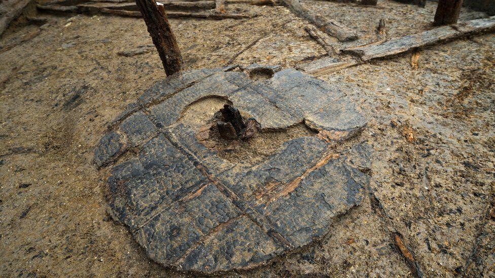 Bronze Age wheel