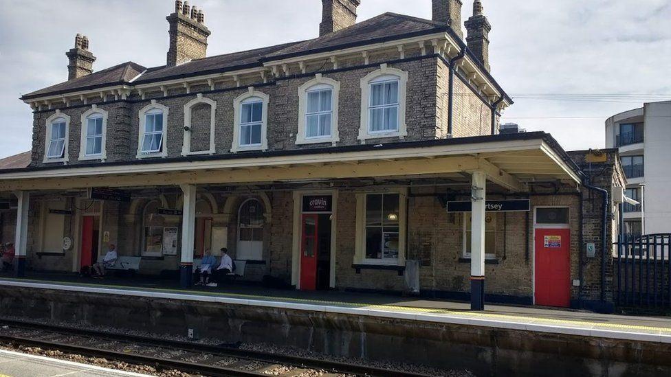 Chertsey Railway Station