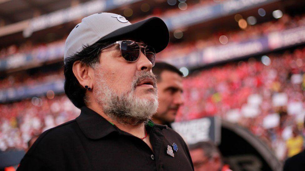 Maradona reprend du service