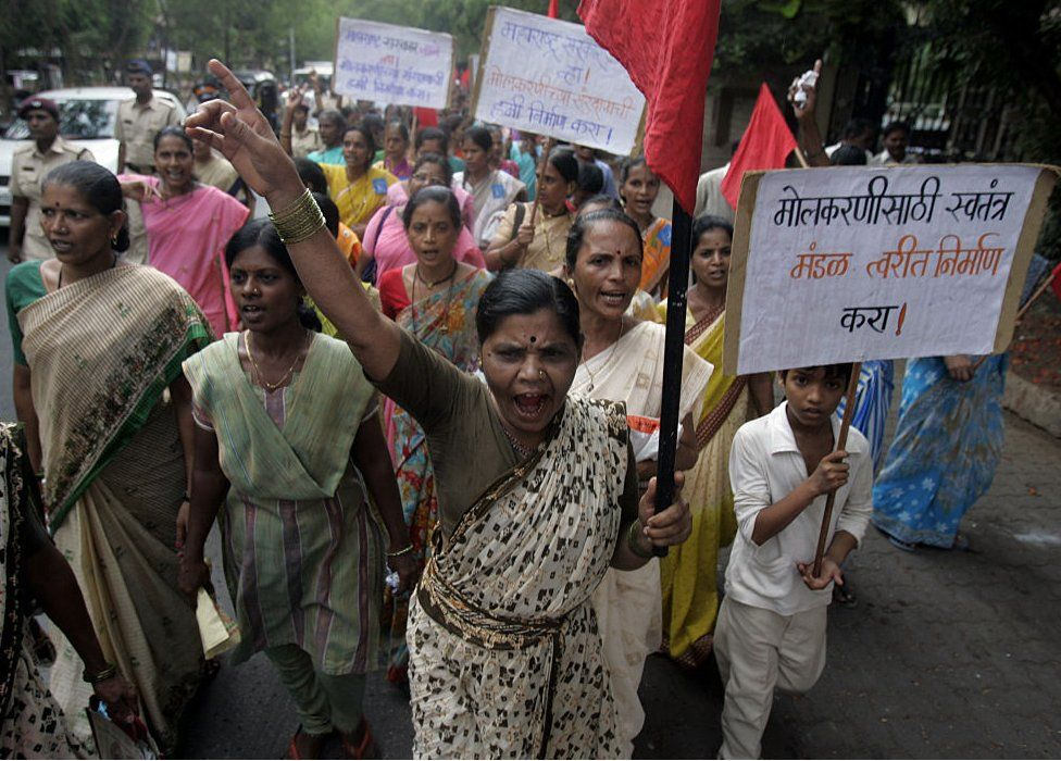 Domestic workers protested in Mumbai against actor Shiney Ahuja, who was allegedly raped his 18-year-old maid.