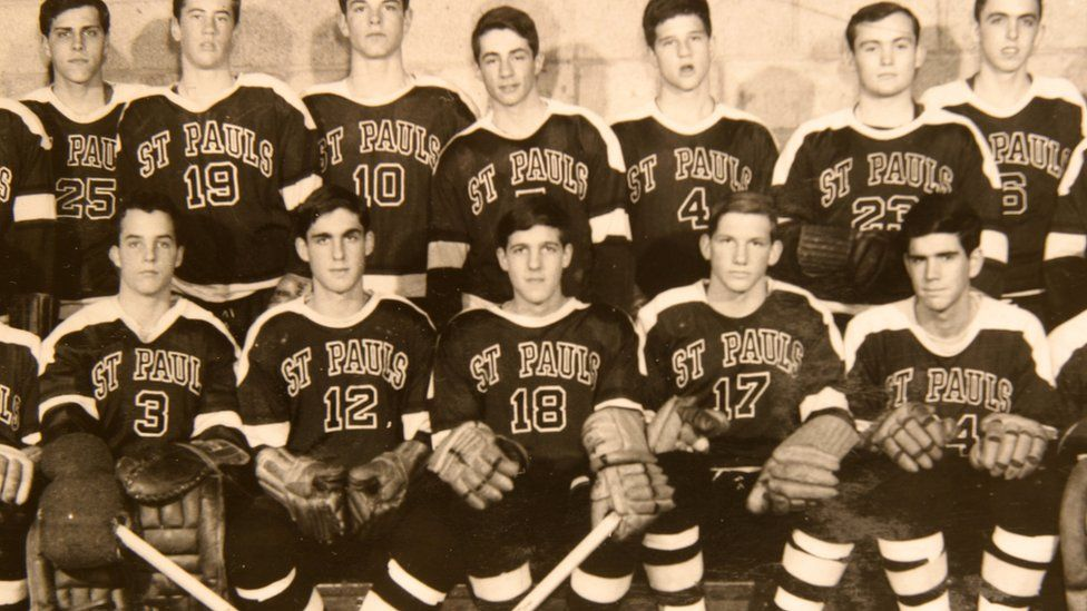 Image shows the hockey team at St Paul's School in 1962, with Robert Mueller wearing number 12