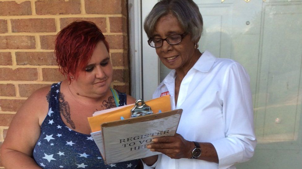 Barbara Lee registers voters