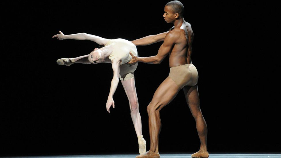 Eric Underwood and a ballerina perform at the Royal Opera House