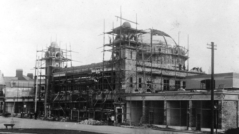 Spanish City under construction