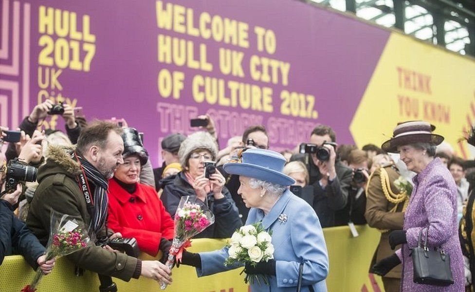 The Queen in Hull