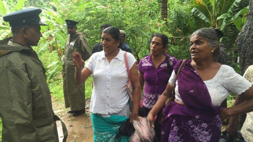 Prema Adikari (right) and her daughter (left) at Pallebage