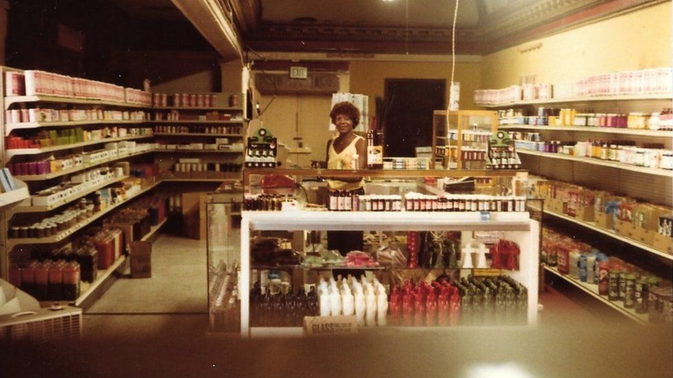 People used the Lyric's foyer as a makeshift shopping area during the down years