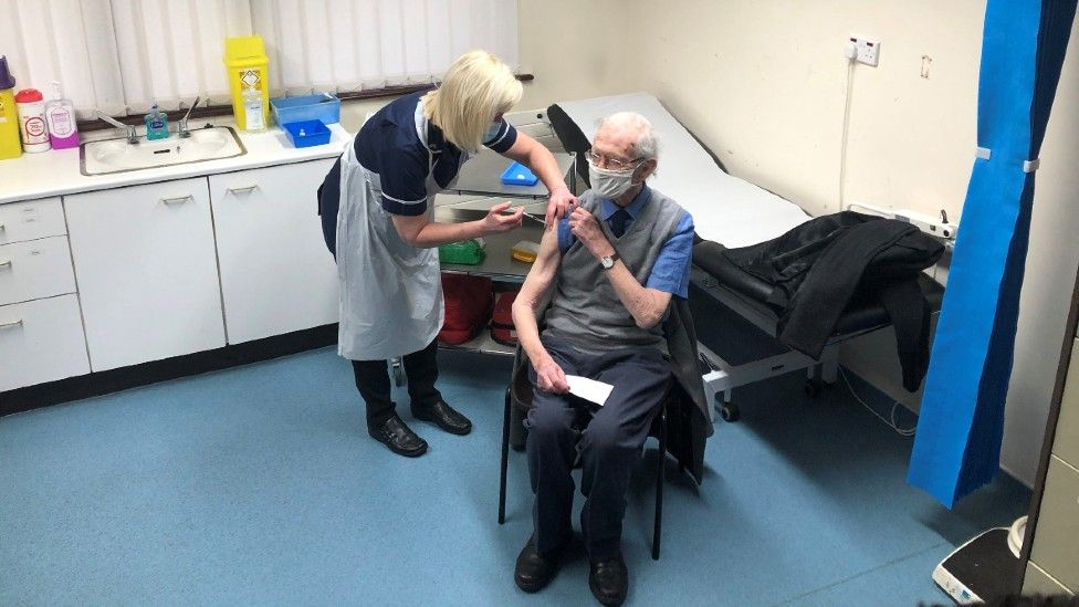 Ralph Evans receives vaccine in Merthyr Tydfil