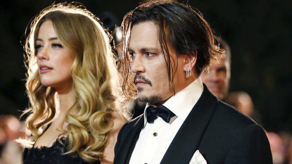 Johnny Depp: San Sebastian Film Festival defends honorary award - BBC News