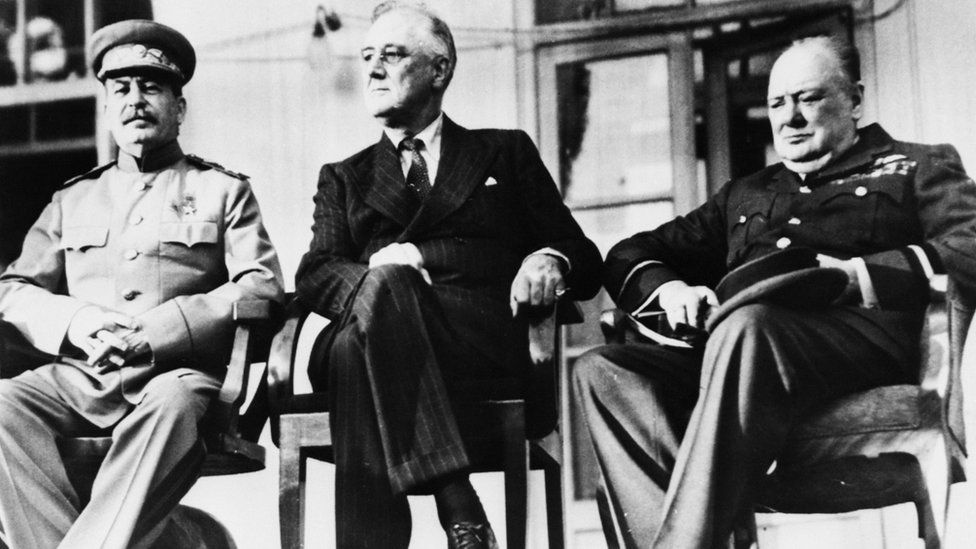 Joseph Stalin (left), Franklin D. Roosevelt (centre) and Winston Churchill (right) in 1943