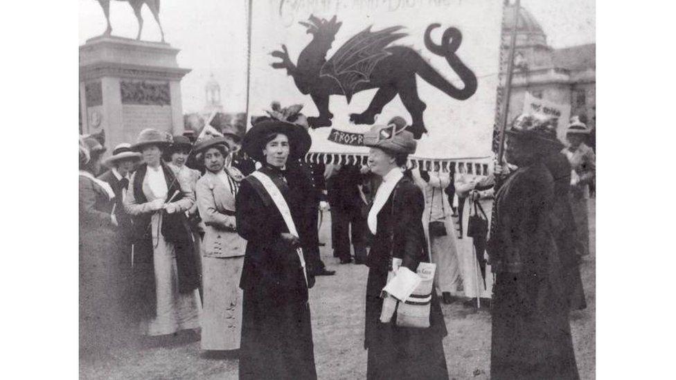 Swffragetiaid