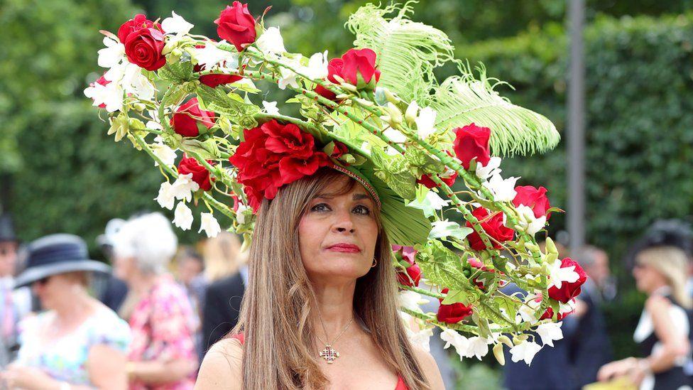 Женщина в шляпе