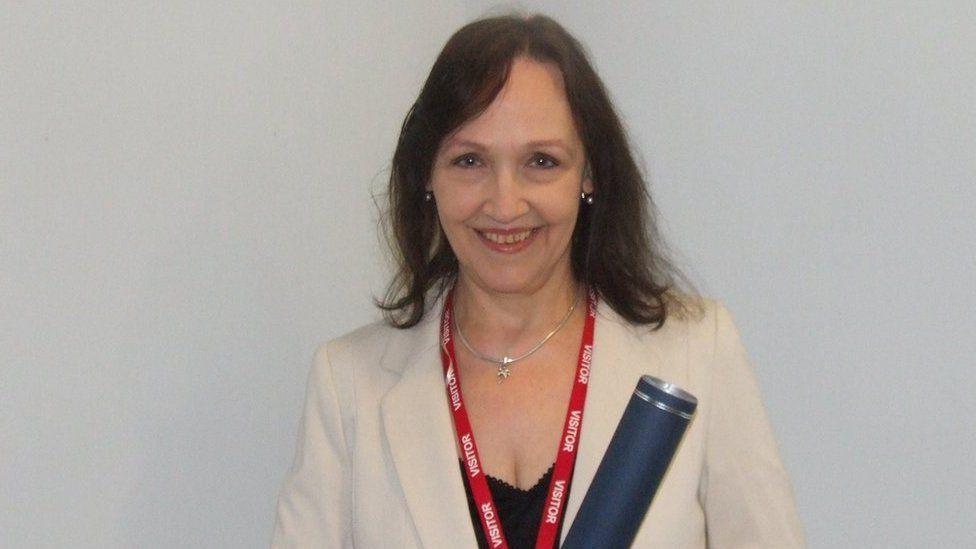 Sandra MacLean
