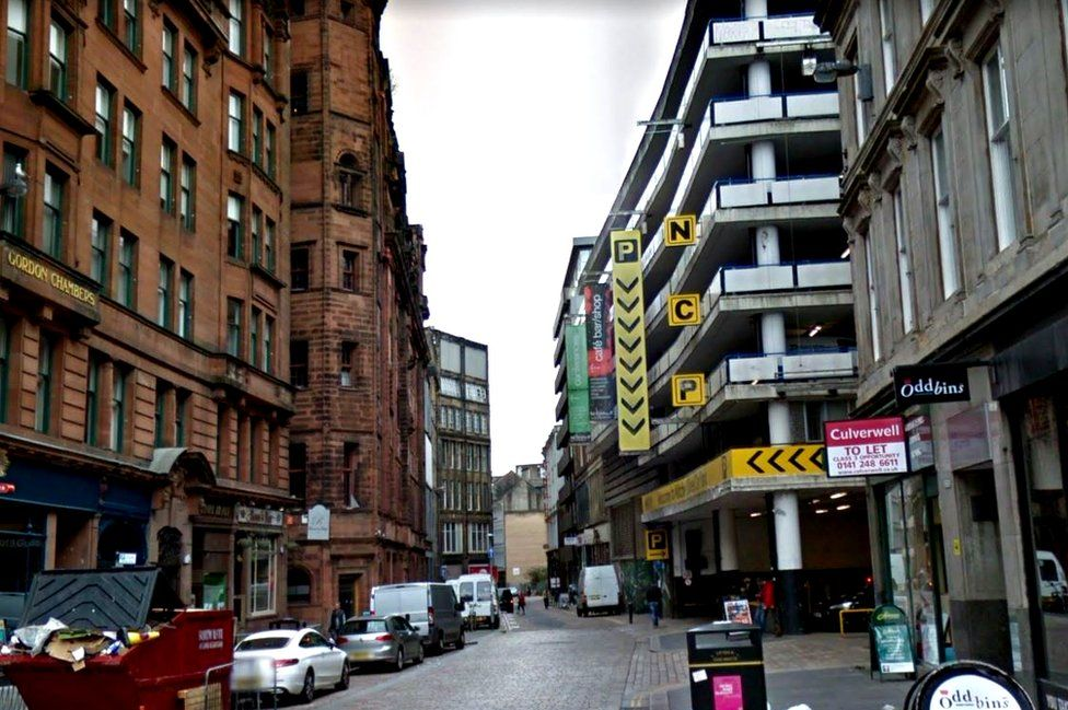 'Homeless' man dies after being found in freezing Glasgow car park