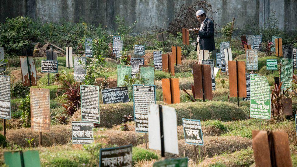 Person at Azimpur cemetery