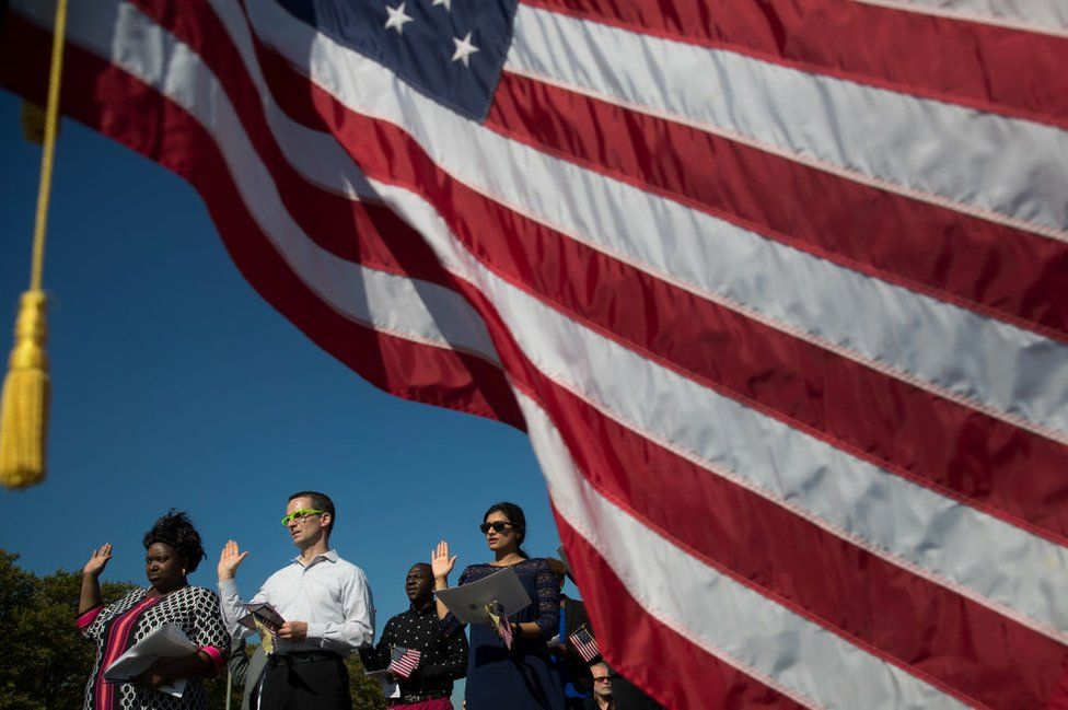swearing in ceremony for immigrants