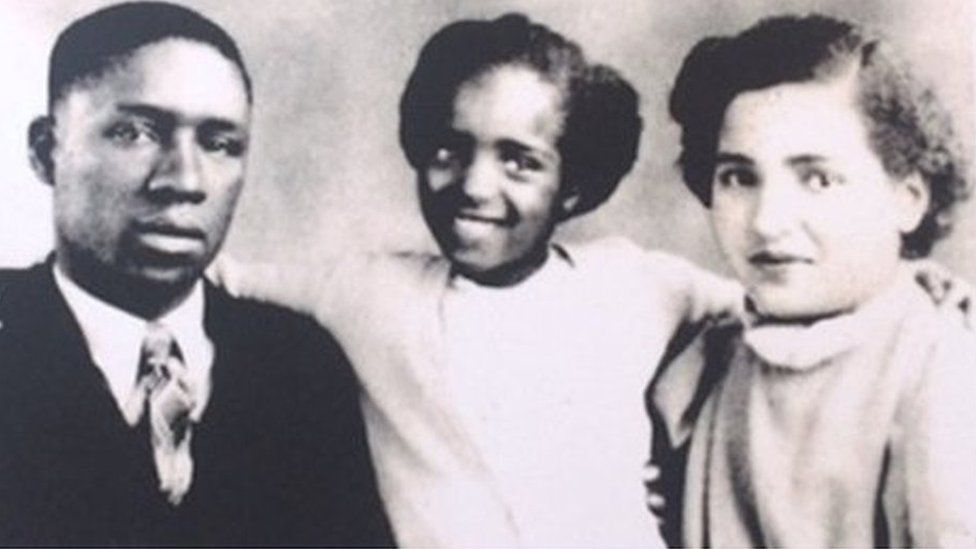 Betty Campbell with parents