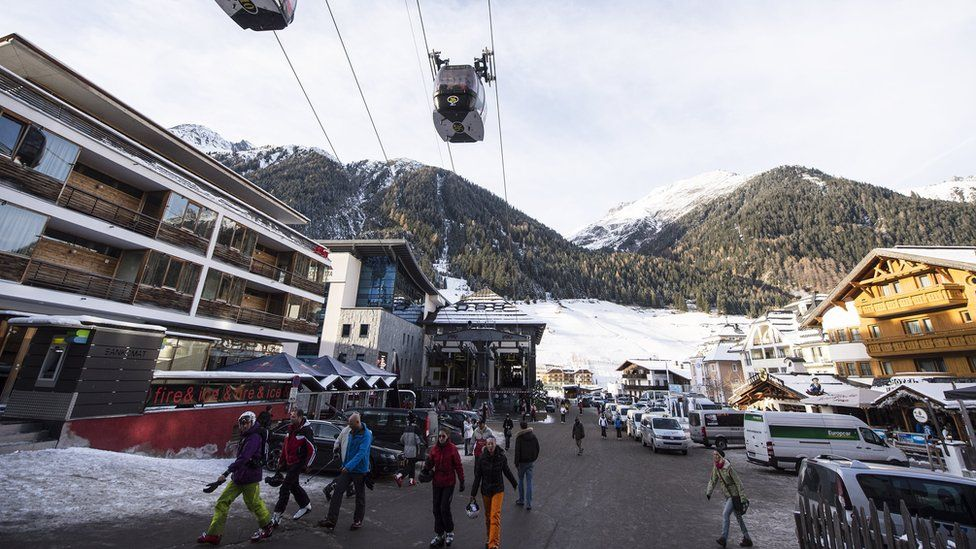 Skiing tourists in Ischgl, Austria, 29 November 2013