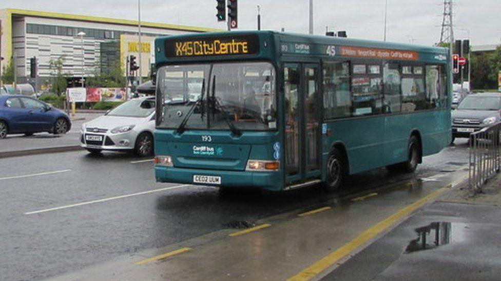 A Cardiff Bus
