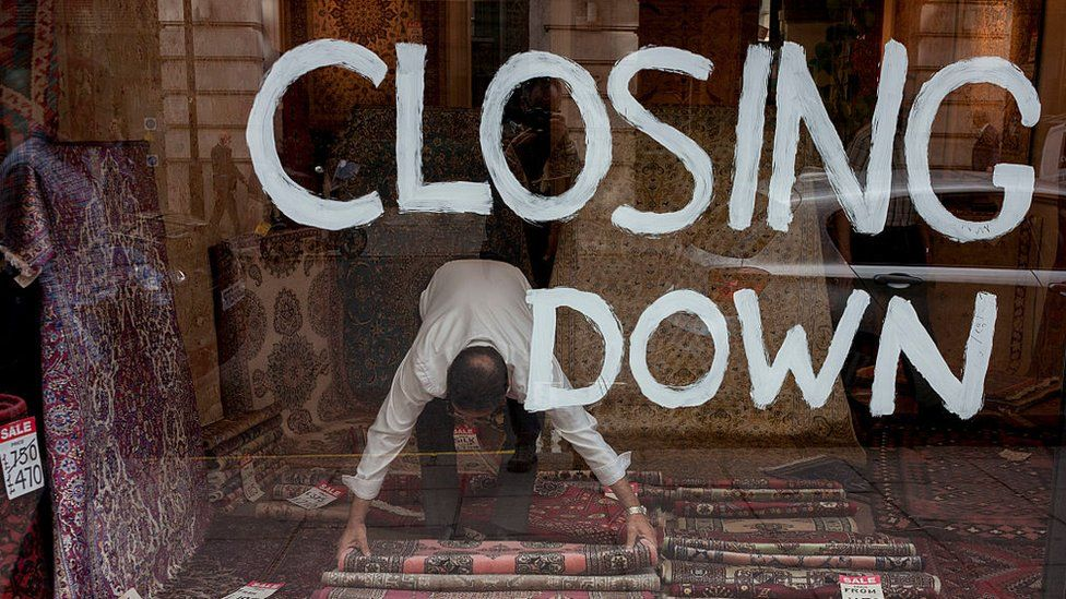 Shop with closing down sign