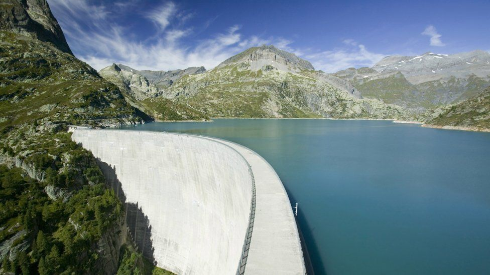 Dam on Lake Emerson on the Swiss French border