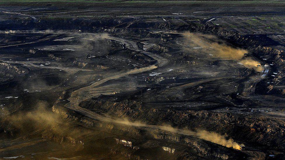 Alberta's Sycrude oils fields