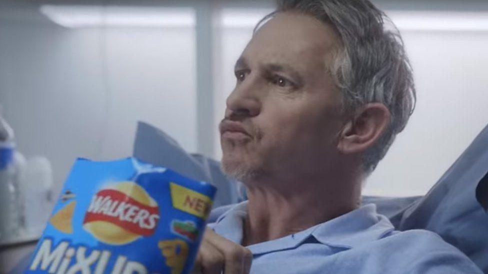 Gary Lineker refusing to share crisps