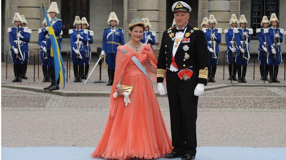 Норвежский король Харальд V и его супруга Соня Харальдсен