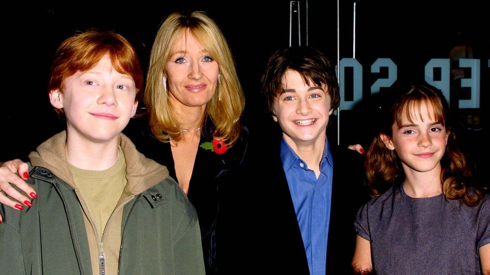 Rupert Grint, JK Rowling, Daniel Radcliffe and Emma Watson at the premiere of Harry Potter and the Philosopher's Stone in 2001