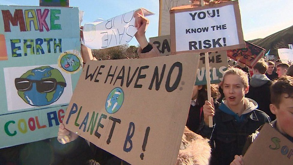 Thousands of school pupils across Scotland have taken part in a protest to raise awareness of climate change.