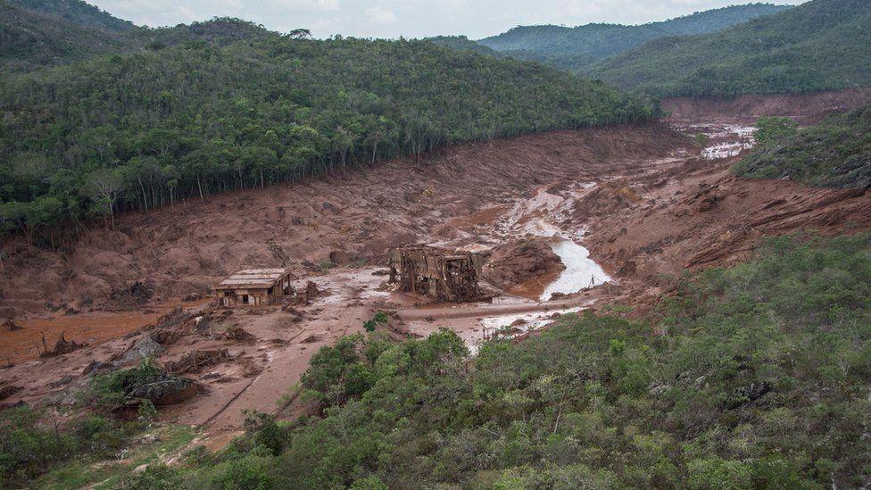 Samarco dam