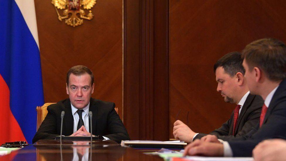 Рекордное число россиян выступает за отставку правительства. Что им не нравится?