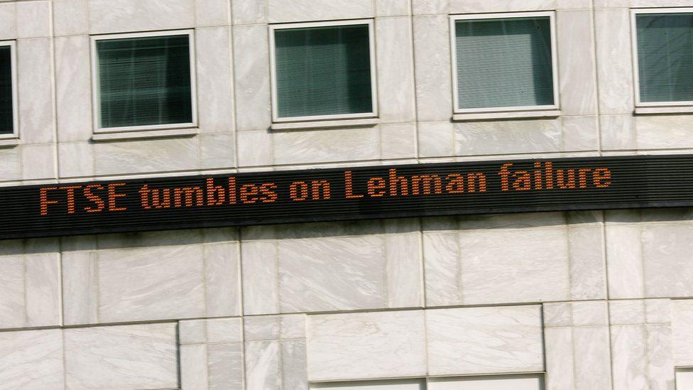 "Sign reading ""FTSE tumbles on Lehman failure"""