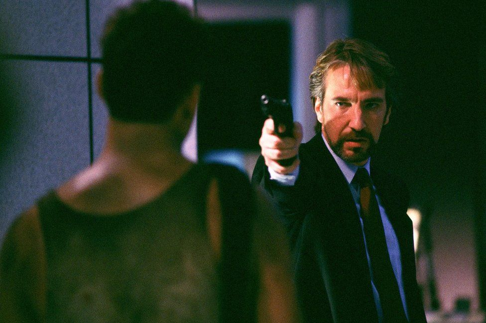 Bruce Willis and Alan Rickman in Die Hard