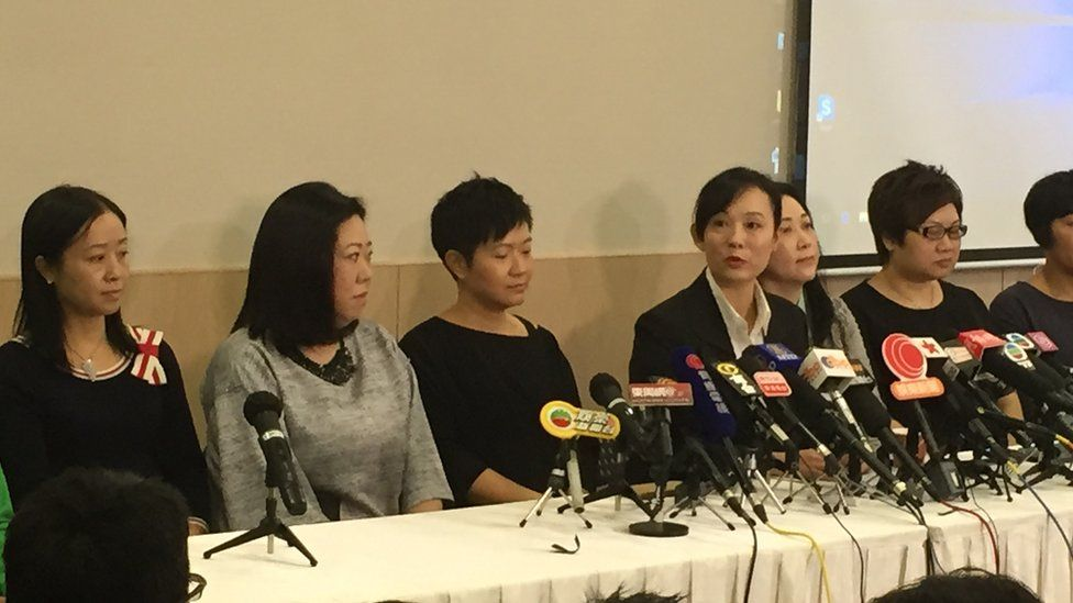 Picture of Mary Jane Reimer at press conference in Hong Kong October 2015.