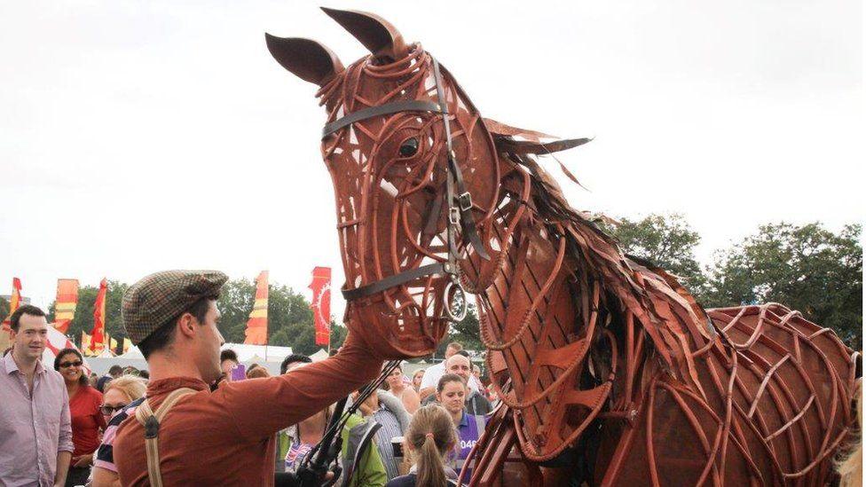 War horse puppet in Hyde Park
