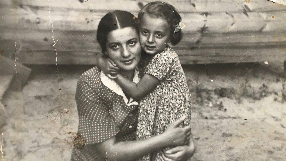 Liza and Ruth