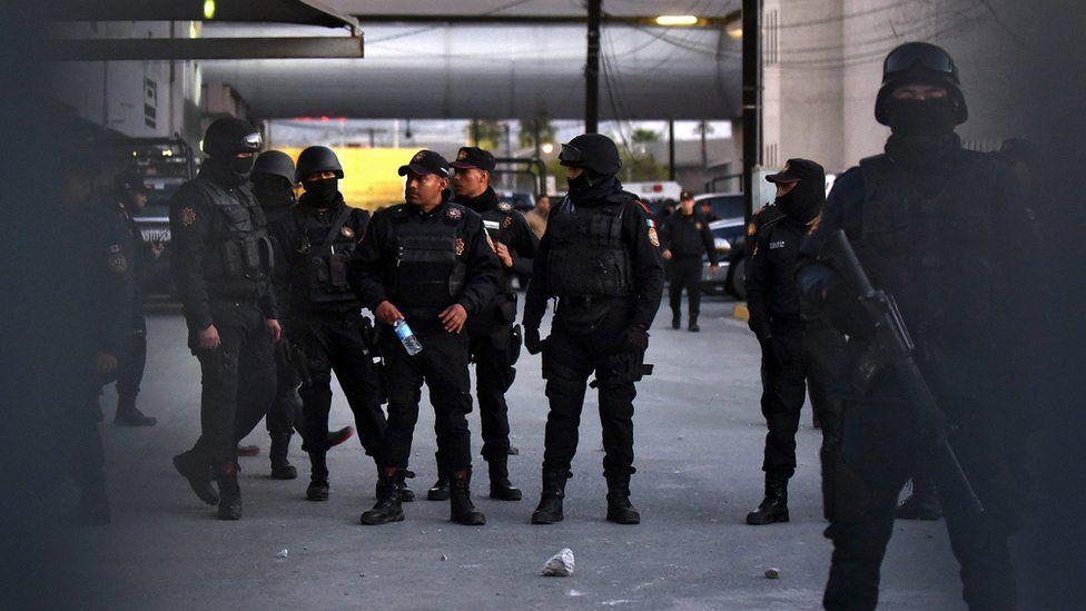 Police inside Topo Chico prison. 11 Feb 2016