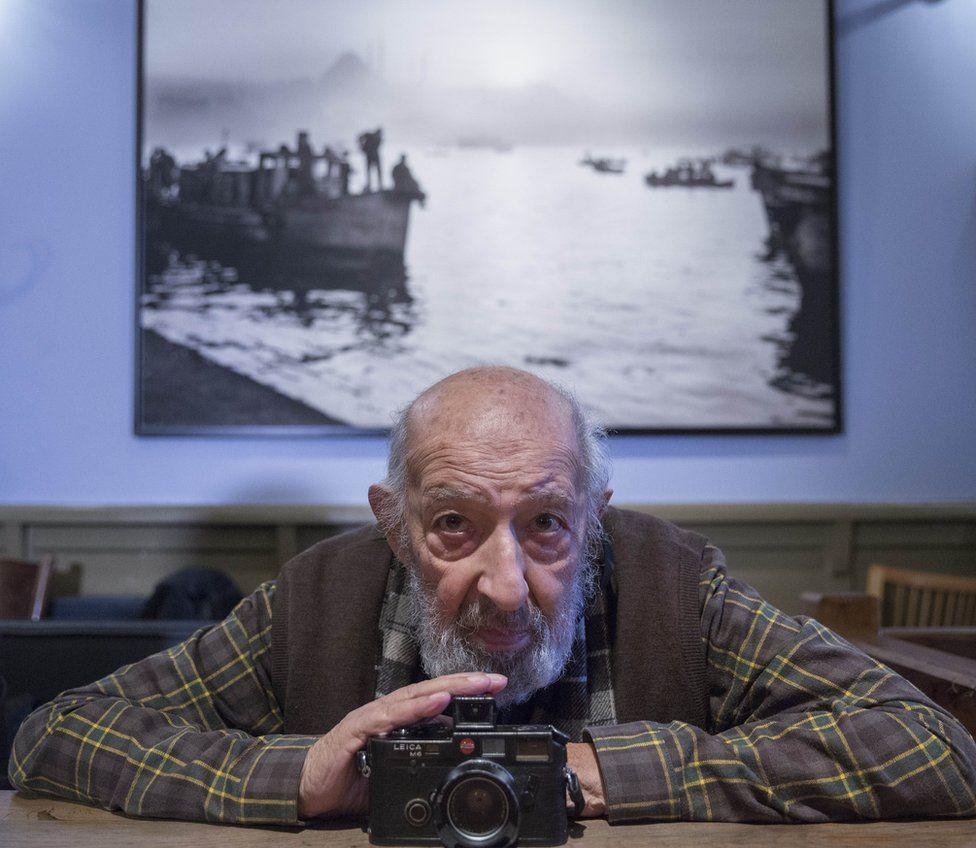 آرا گولر، عکاس استانبول درگذشت