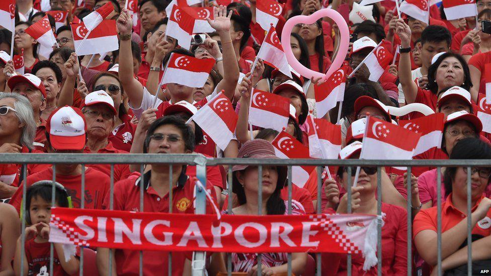 Singaporeans celebrate independence