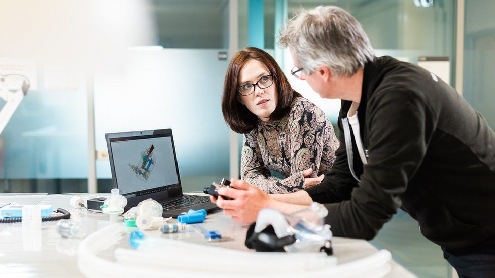 Prof Rebecca Shipley and Professor Prof Tim Bakerr, who helped develop the device