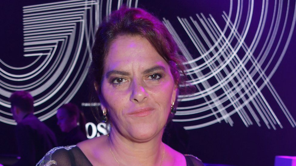 Artist Tracey Emin says her cancer is 'gone' thumbnail