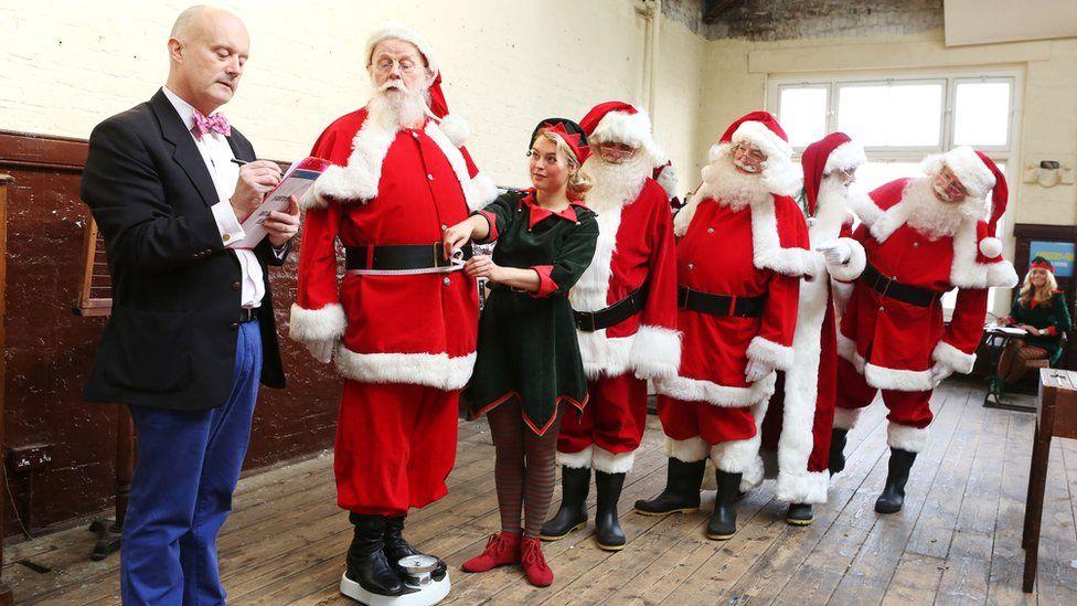 Santas being tested at Ministry of Fun