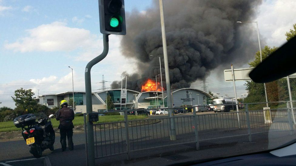 The fire at Burghley Road, Grays