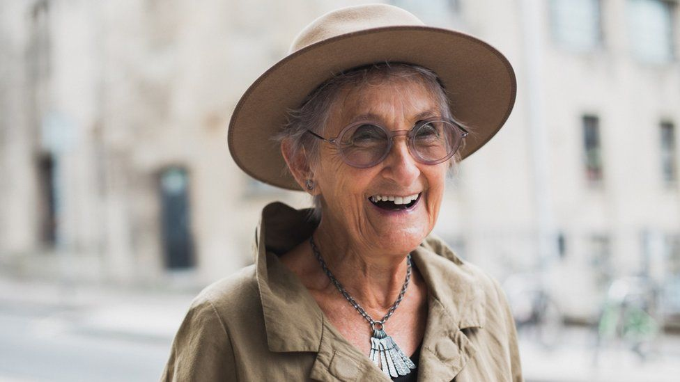 Bristol jewellery maker Diana Porter
